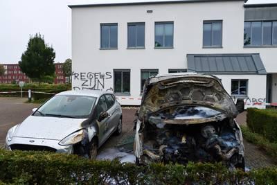 Politie op zoek naar beelden van brand en bekladding pand Enschedese woningcorporatie Ons Huis